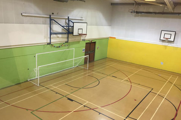 Picture of the sports hall at the TN2 Centre